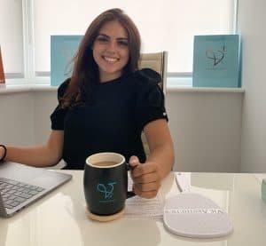 Louise Evans social media assistant at Vie Aesthetics