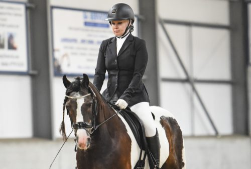 Back in the saddle! How VIEMAX Sculpt helped one horse-rider strengthen her muscles after injury