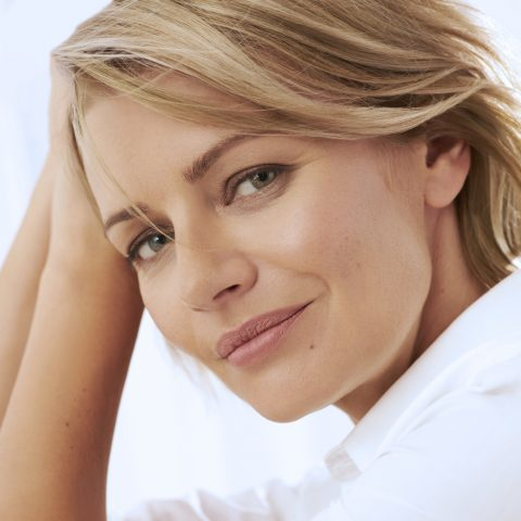 woman in her 30s or 40s with lanluma liquid facelift